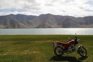 motorbike-617059_1280